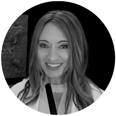 Image of Founder Lisa Cummings, StrengthsFinder Training Company